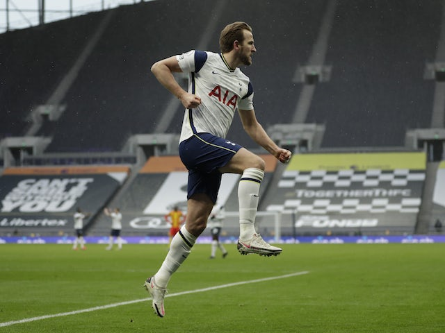 Harry Kane of Tottenham Hotspur celebrates his goal against West Bromwich Albion in the Premier League on February 7, 2021