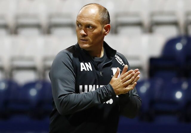 Alex Neil, gerente do Preston North End, fotografado em setembro de 2020